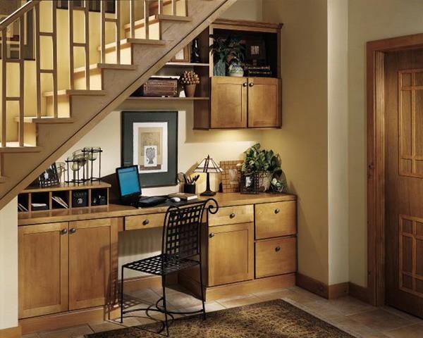 Gợi ý trang trí gầm cầu thang